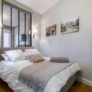 Vieux Lyon Mourguet chambre
