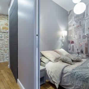 Vieux lyon 10 rue Mourguet chambre couloir